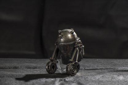 R2-D2 fémszobor